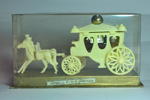 Miniature Mail-Coach de Corbeille Royale