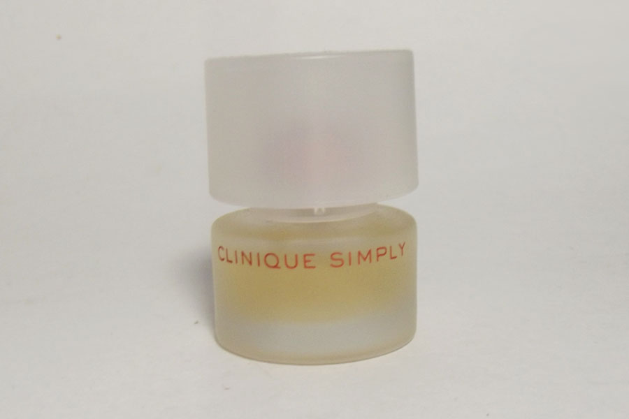 Clinique Simply 4 ml plein de Clinique