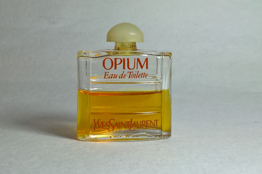 Opium Eau de toilette 7.5 ml 1/2 plein de Saint Laurent Yves